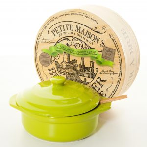 Brie_Baker_Green_Apple_17.5cm_gift_box